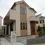 シンプルモダンな外観、ゆとりある2階建て新築一戸建て